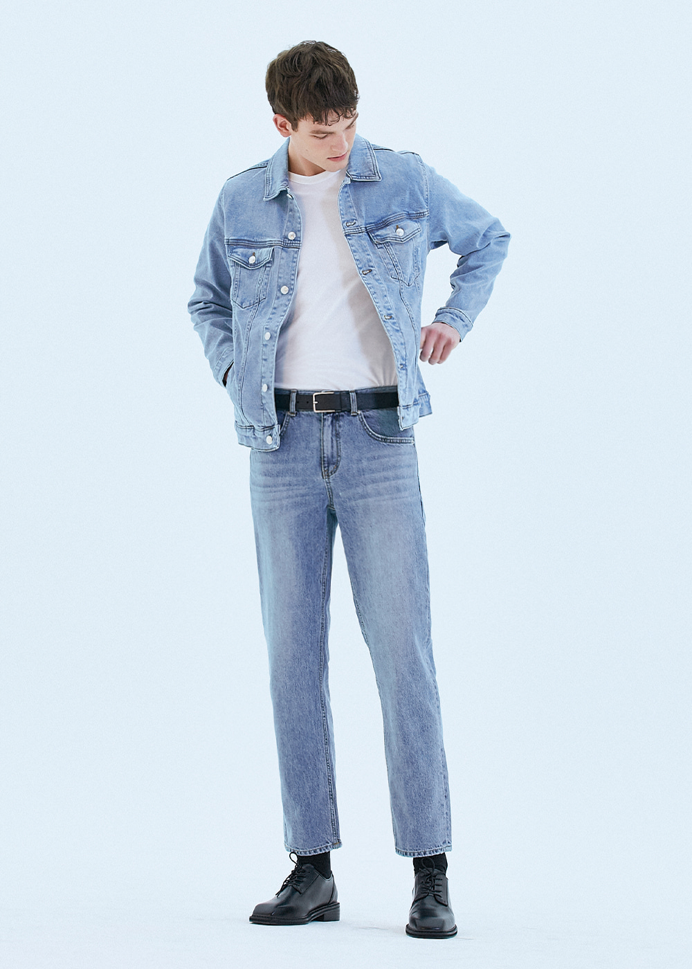 062 TAPERED FIT URBAN CREW JEANS PALE BLUE
