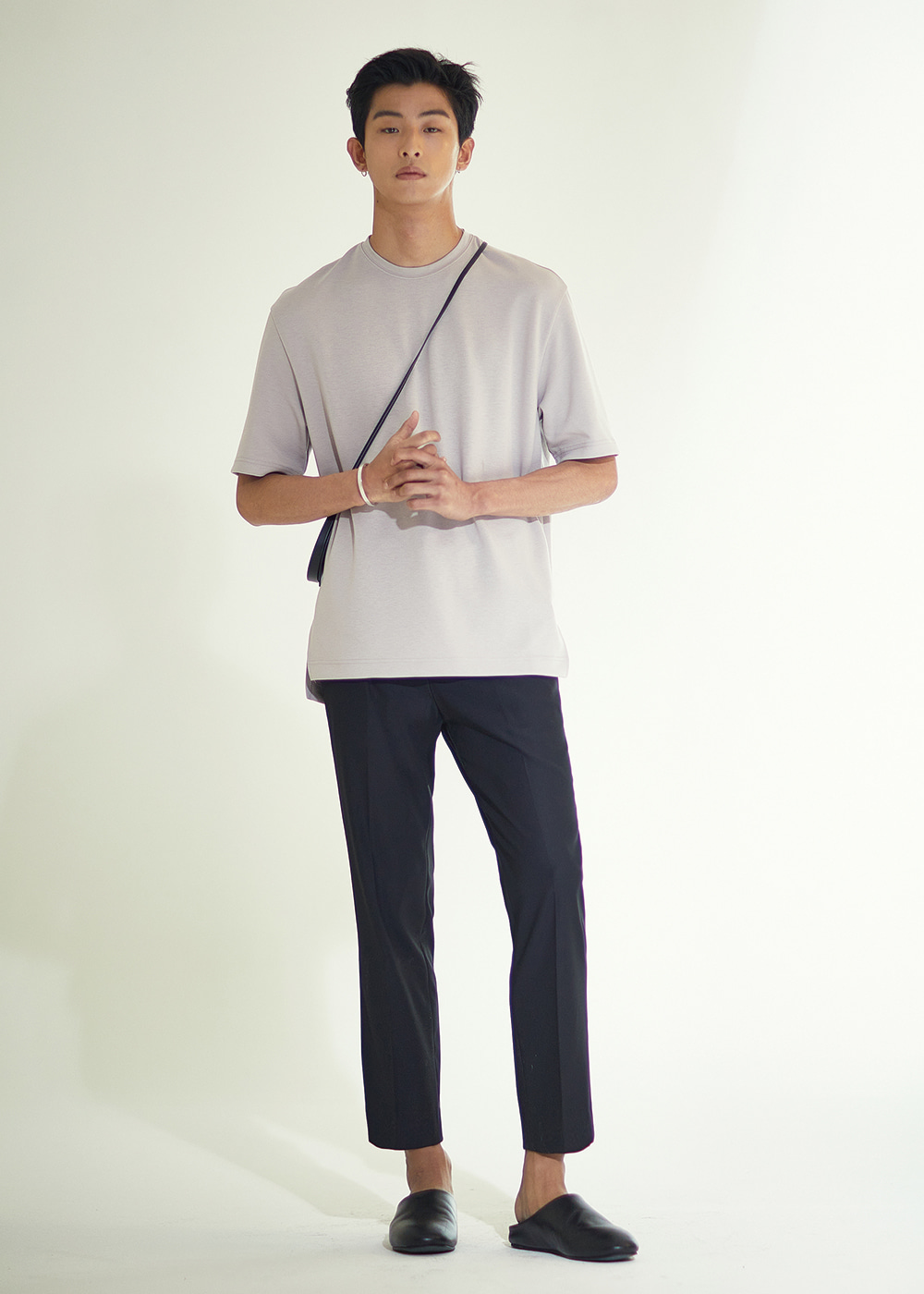 201 TAPERED SLIMFIT CROP SLACKS BLACK